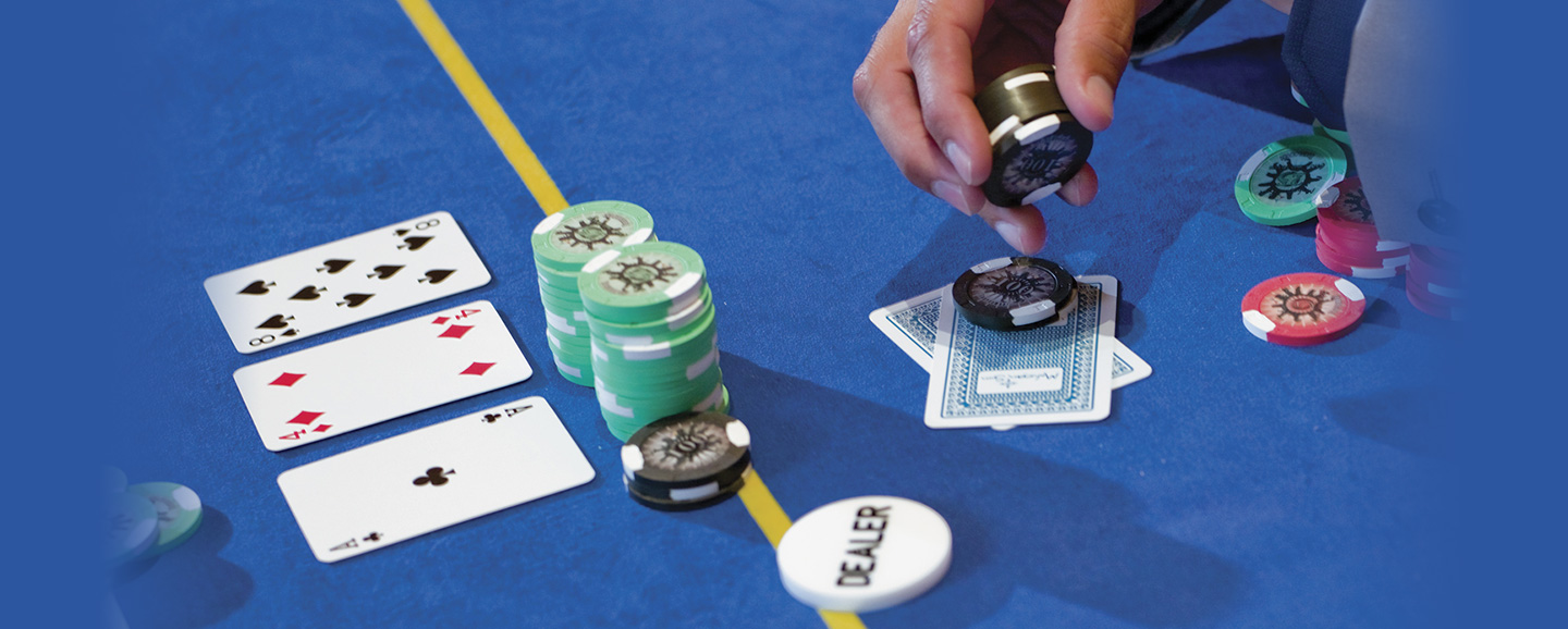 Poker Domino- Better Version Of The Traditional Poker Game
