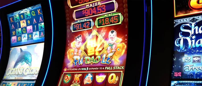 The Effective Take OnGolden Slot Casino Games