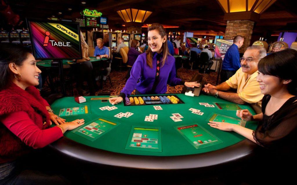 idn play poker